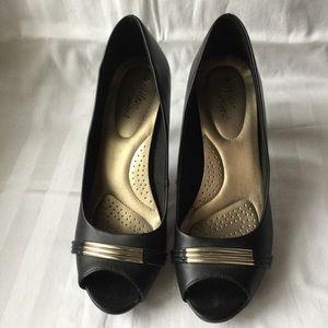 dexflex Shoes - Dexflex Comfort Peep Tie Heels